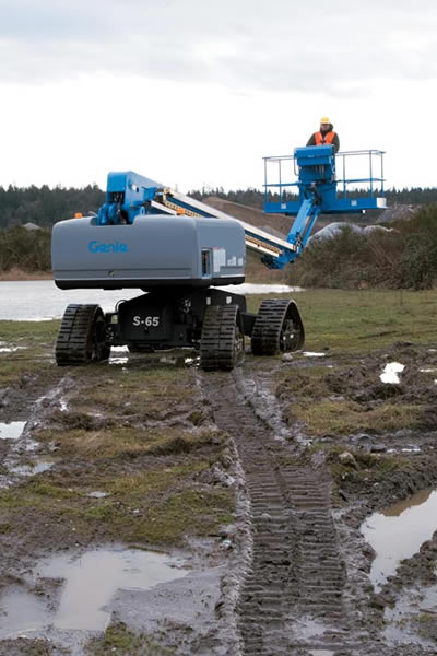 Genie S60 Trax Telescopic Boom Lift