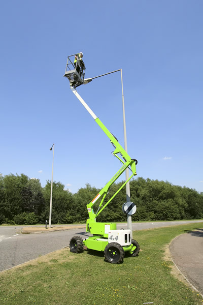 Niftylift HR12 4x4 Self Propelled Lift