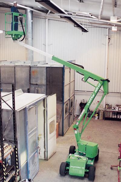 Niftylift HR12N self propelled boom lift